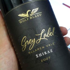 wine-foil-label-stamped